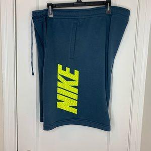 Men's Nike shirts xxl